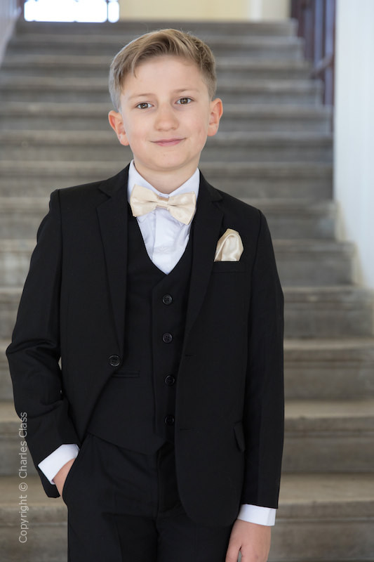 0e80df41a4e7 Boys Bow Tie Suits   Boys Dickie Bow Wedding Suits   Charles Class